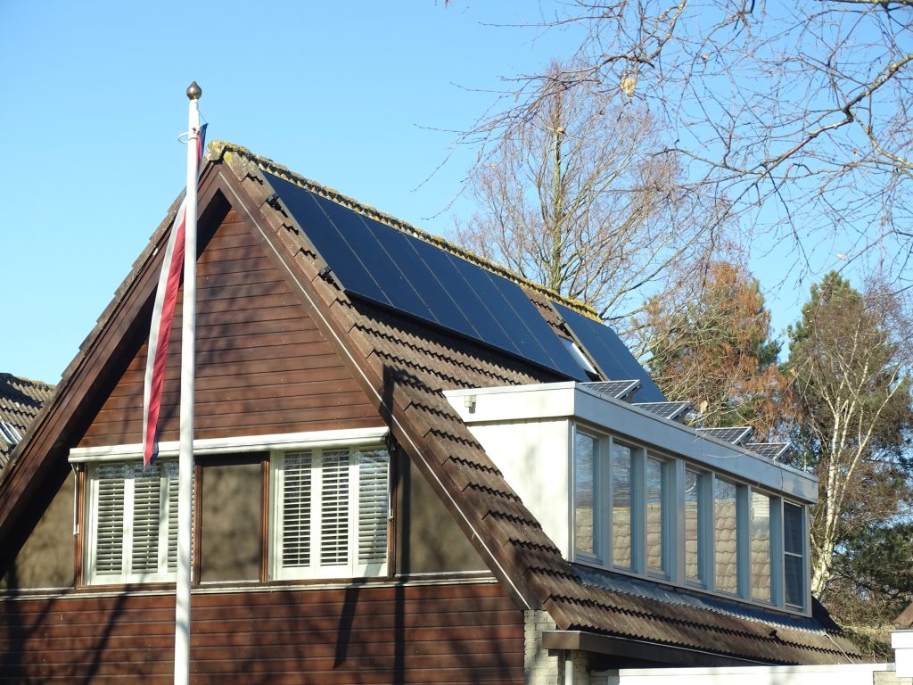 Zonnepanelen in twee richtingen